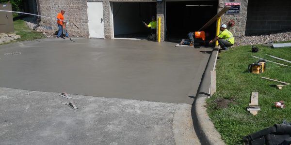 Cement Driveway 55305, 55343, 55410, 55416, 55424, 55435, 55436, 55439
